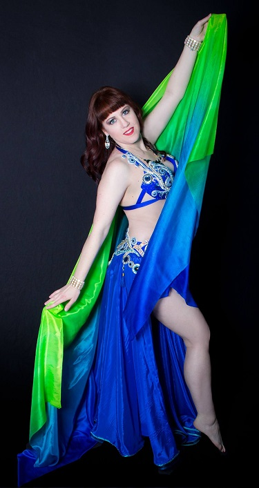 Dallas Belly Dancer Tamra Henna - classy belly dancing shows and lessons in Dallas, Fort Worth, Richardson, Plano, Frisco, Allen, Garland, Coppell, Flower Mound, Park Cities.  Belly Dance with Tex!